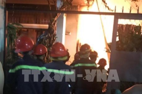 Bình Dương: Hai vụ cháy trong buổi sáng, nhiều người dân hoảng loạn