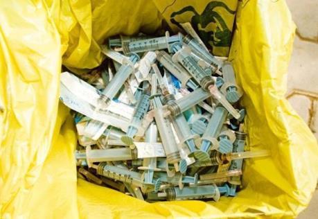 Ngành y tế triển khai các giải pháp giảm chất thải nhựa