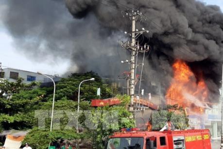 Cháy siêu thị 90 K thành phố Bắc Giang