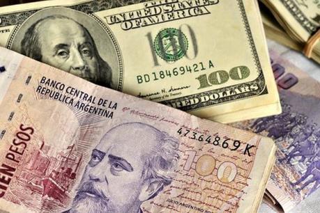 Đồng peso của Argentina đã khép lại một tuần giao dịch đầy biến động