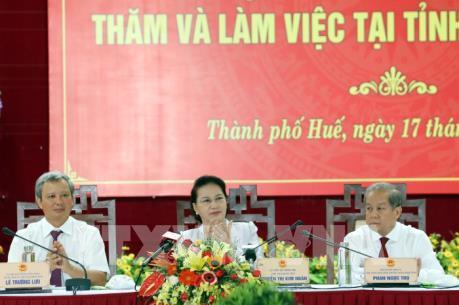 Chủ tịch Quốc hội Nguyễn Thị Kim Ngân làm việc với tỉnh Thừa Thiên - Huế