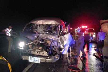 Tai nạn giao thông thảm khốc làm 11 người chết tại Thái Lan