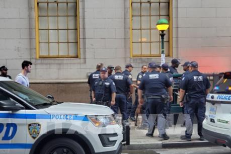 Bắt đối tượng đặt bom giả gây gián đoạn giao thông New York