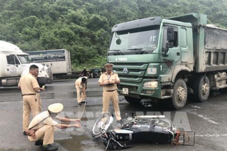 Tai nạn giao thông khiến hai người nước ngoài thương vong tại Ninh Bình