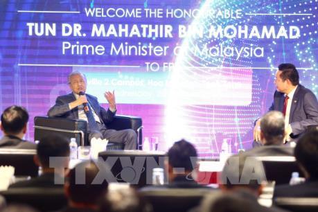 Thủ tướng Malaysia chia sẻ kinh nghiệm chuyển đổi số với Việt Nam