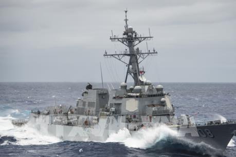 Tàu khu trục Mỹ tuần tra hàng hải tại Biển Đông