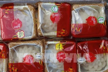 Bát nháo bánh Trung thu online, nhà làm