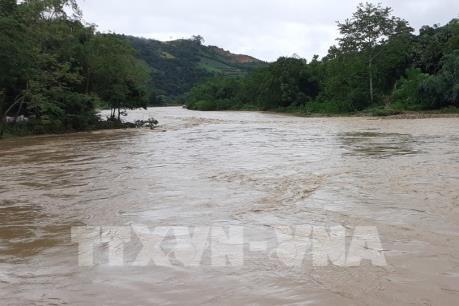 Đột ngột xuất hiện lũ lớn tại Lào Cai