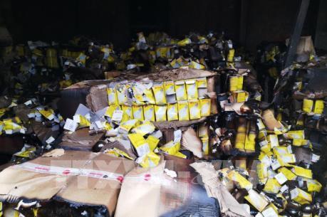 Vụ cháy Công ty bóng đèn phích nước Rạng Đông: Bảo đảm an toàn sức khỏe người dân