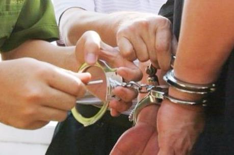 Phú Thọ khởi tố 4 đối tượng về hành vi chống người thi hành công vụ