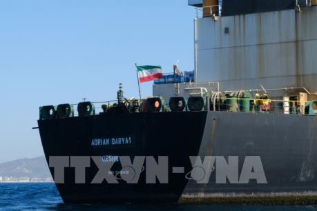 Mỹ đề nghị trả tiền cho thuyền trưởng để bắt tàu chở dầu Adrian Darya