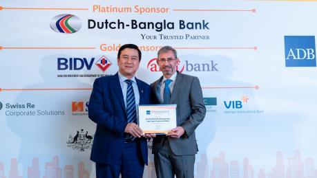 HDBank - Ngân hàng đầu tiên nhận giải Ngân hàng xanh của ADB
