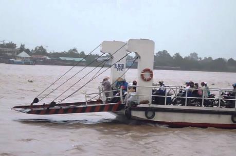 An Giang đồng ý mở lại bến phà Long Bình – Campuchia