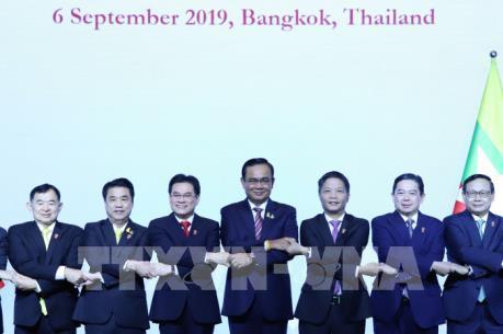 Việt Nam sẽ ký Hiệp định Thương mại dịch vụ ASEAN