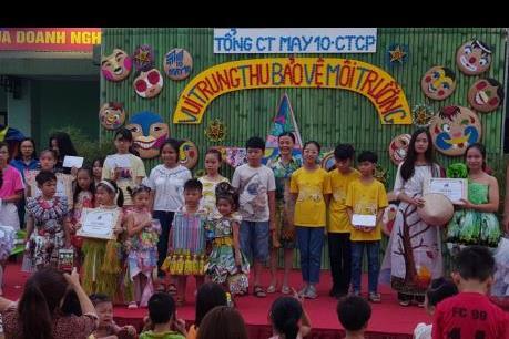 Tổng công ty May 10 tổ chức Trung thu cho con em nhân viên