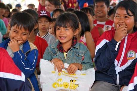 450 phần quà Trung thu đến với trẻ em nghèo xã Lộc Thành