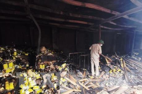 Chuyên gia cảnh báo về những thông tin thiếu căn cứ về vụ cháy tại Công ty Rạng Đông