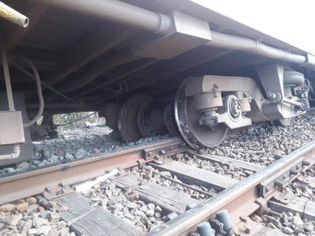 Ít nhất 50 người thiệt mạng do tàu hỏa trật đường ray