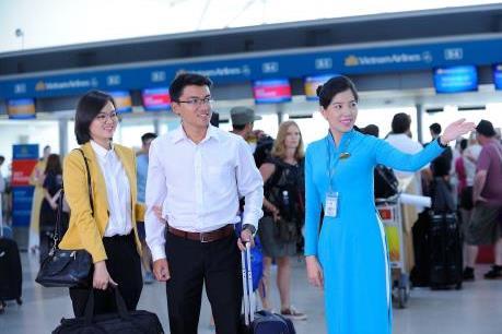 Vietnam Airlines hỗ trợ hành khách khi dừng phát thanh tại sân bay Tân Sơn Nhất