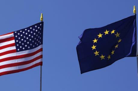 Căng thẳng thương mại Mỹ-EU có nguy cơ leo thang