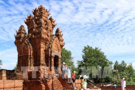 Tháp Po Klong Garai – điểm đến hấp hẫn của Ninh Thuận