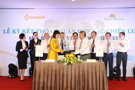 Vietnam Airlines và Sun Group ký hợp tác phát triển sản phẩm dịch vụ