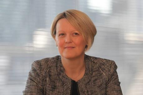 Lần đầu tiên có nữ CEO trong Top 4 ngân hàng hàng đầu của Anh
