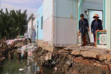 Long An công bố tình trạng khẩn cấp sạt lở bờ sông Cần Giuộc