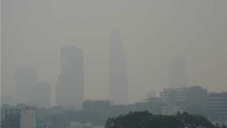 Hiện tượng mây mù tại Thành phố Hồ Chí Minh có đáng cảnh báo?