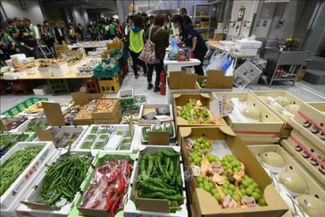 Tăng thuế tiêu dùng: Cơ hội để thúc đẩy xã hội không dùng tiền mặt ở Nhật Bản