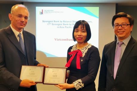 Vietcombank tiếp tục được bình chọn là Ngân hàng mạnh nhất Việt Nam