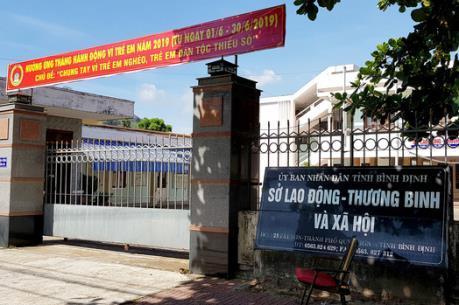 Buộc thôi việc Phó Giám đốc Sở Lao động – Thương binh và Xã hội Bình Định