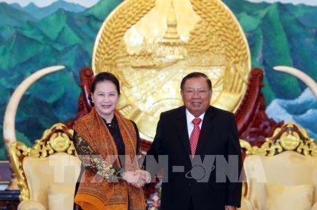 Chủ tịch Quốc hội Nguyễn Thị Kim Ngân hội kiến Tổng Bí thư, Chủ tịch nước Lào