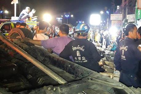 Thái Lan: Tai nạn giao thông nghiêm trọng khiến 13 người thiệt mạng