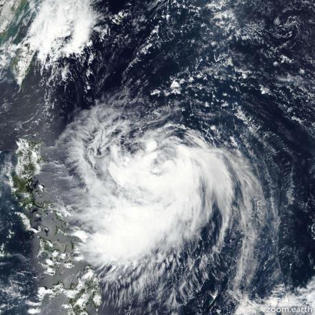 Bão Mitag sắp đổ bộ vào Đài Loan