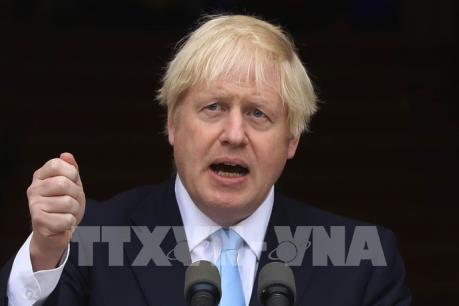 Thủ tướng Anh đề xuất giải pháp lập trạm cấp phép hải quan sau Brexit