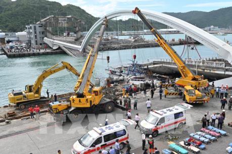 Vụ sập cầu ở Đài Loan (Trung Quốc): Tìm thấy 4 thi thể nạn nhân