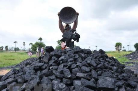 """IEA: Nhu cầu than đá vẫn """"ổn định"""" trong vài năm tới"""
