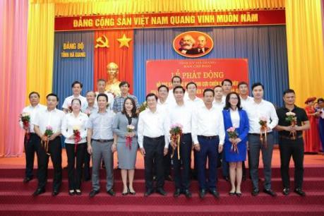 FLC tặng 30 tỷ đồng xây dựng nhà ở cho người nghèo Hà Giang