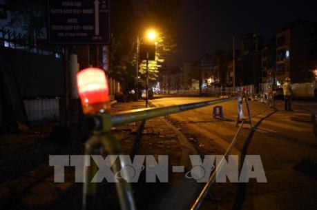 Phân luồng giao thông phố Quốc Tử Giám phục vụ thi công ga ngầm đường sắt đô thị