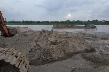 Hà Nội chỉ đạo làm rõ vi phạm đất đai ở quận Long Biên