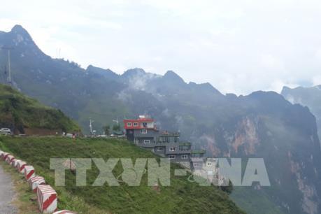 Hà Giang báo cáo Thủ tướng về công trình trái phép ở đèo Mã Pì Lèng