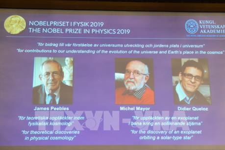 Nobel Vật lý 2019: Thay đổi nhận thức của con người về vũ trụ