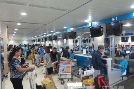 Vietnam Airlines mở quầy thủ tục riêng cho hành khách bay Hà Nội - Tp. HCM
