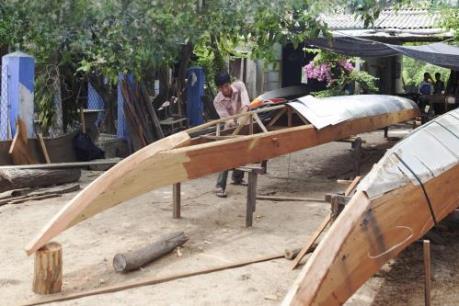Nghề đóng thuyền đua (ghe đua) ở Quảng Nam