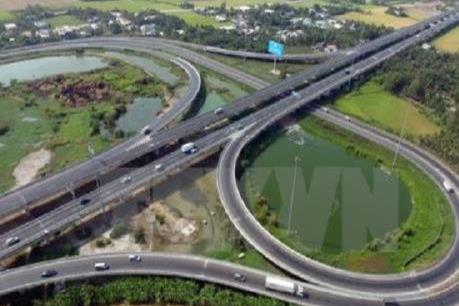 Bộ Giao thông Vận tải báo cáo Quốc hội vướng mắc mặt bằng cao tốc Bắc - Nam