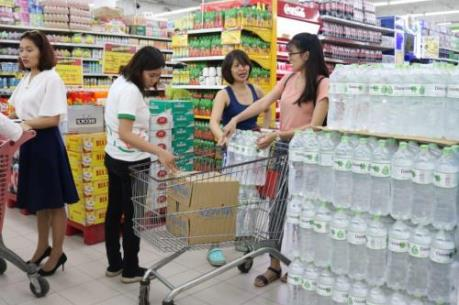 Big C bán nước đóng chai không lợi nhuận