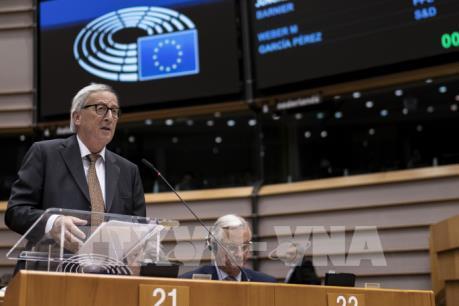 Lãnh đạo 27 nước EU tán thành thỏa thuận mới, để ngỏ khả năng gia hạn Brexit
