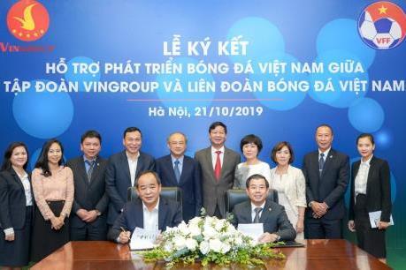 Vingroup, VFF ký thỏa thuận hợp tác chiến lược hỗ trợ phát triển bóng đá Việt Nam