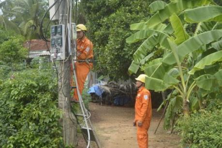 Bình Định tiếp nhận lưới điện hạ áp nông thôn